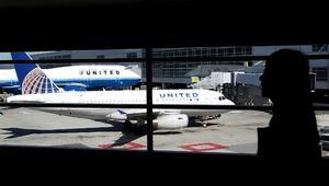طرد ربانة أمريكية من الطائرة بعد حديثها عن الطلاق والسياسة