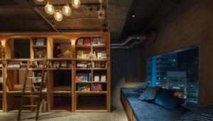 فندق بشكل مكتبة.. لمحبي القراءة والنوم