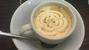 قهوة البيض.. ميزة ثاني أكبر مدينة مصدرة للقهوة في العالم