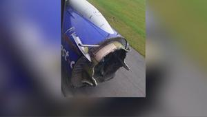 هبوط اضطراري لطائرة أمريكية بعد انفجار محركها في السماء