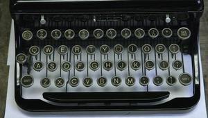 تعرفوا إلى أحد آخر محلات تصليح الآلات الكاتبة