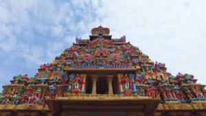 معبد هندوسي بكل الألوان بُني من 700 عام لتهدئة الأرواح