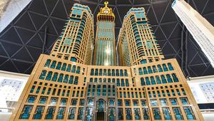 كم قطعة من الليغو تحتاج لبناء برج ساعة مكة الملكي وبرج خليفة؟