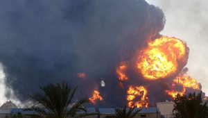 نيران مشتعلة في خزانات الوقود بطرابلس