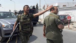 """تونس.. اضطرابات واسعة في """"قبلي"""" وسط انتشار لقوات الجيش وإعلان حظر التجول"""