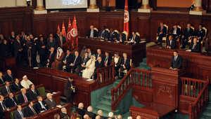 تونس.. التأسيسي يقر مشروع قانون الانتخابات بجلسة صاخبة