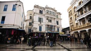 الحكومة التونسية تلغي عطلة يوم السبت وتكتفي بيوم راحة أسبوعيا