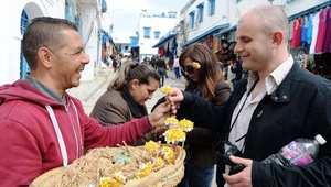 وسط إجراءات أمنية مشدّدة.. آلاف الجزائريين يتجهون إلى تونس للاحتفال برأس السنة