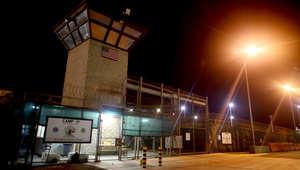 أمريكا: أوباما يتحدى العوائق لإغلاق غوانتنامو.. نصف السجناء من اليمن وعمان أكثر الدول استقبالا للمرحّلين