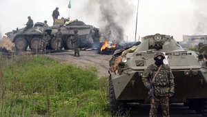 """معارك طاحنة في """"سلافيانسك"""" وفقدان الاتصال بمبعوث بوتين"""