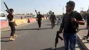 """متطوعون عراقيون يحملون اسلحتهم استعدادا لمواجهة """"داعش"""""""