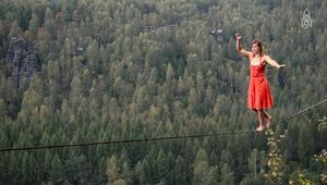 لمن يخاف المرتفعات.. هل تجرؤ على فعل هذا؟