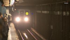 فتاة تلقى حتفها دهساً بسكة قطار أثناء محاولة استرجاع هاتفها