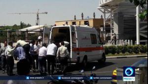 شاهد.. فوضى بعد هجمات على ضريح الخميني والبرلمان الإيراني