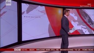 مذيع BBC يضيع الكاميرا خلال بث لخبر عاجل!