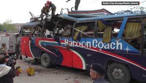 انفجار ضخم بحافلة ركاب يقتل ويصيب أكثر من 35 في بيشاور