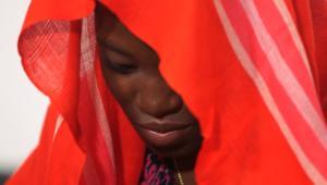 إحدى فتيات تشيبوك بعد تحررها: اشتقت لزوجي المقاتل