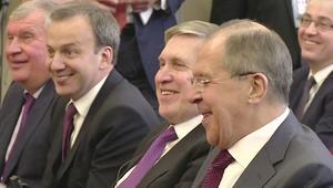 بوتين ولافروف يضحكان على