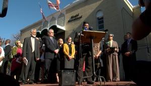 تجمع لأتباع الديانات المختلفة في مسجد بواشنطن ضد ترامب