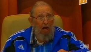 """بالفيديو: فيدل كاسترو يعلق على """"طول عمره"""" في ظهور له بمؤتمر الحزب الشيوعي الكوبي"""