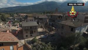 ارتفاع أعداد قتلى وجرحى زلزال إيطاليا إلى المئات.. ويُسارع عمال الإنقاذ للعثور على ناجين