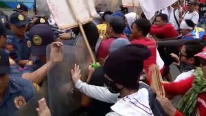 احتجاجات ضد دوتيرتي في ذكرى الثورة على ماركوس