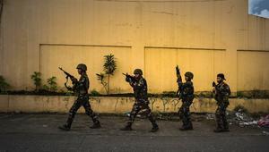 الحرب ضد داعش تصل الفلبينومتشددون يقتحمون مدينة