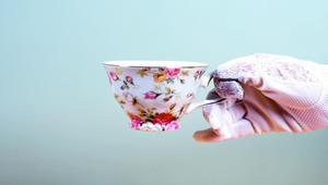 بالفيديو: اكتشف سر حب البريطانيين للشاي