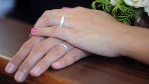 50 الف جنيه لتوثيق زواج الأجنبي من مصرية وجمعيات حقوقية تصف الأمر بالاتجار بالبشر