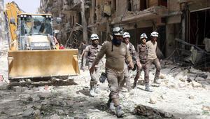 """خلال إحدى مهمات أعضاء """"الخوذ البيضاء"""" في سوريا"""