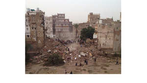 صنعاء القديمة .. موقع للتراث العالمي تخلده الصور وتهدده الحرب