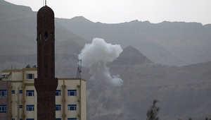 هجوم حوثي على السعودية والإخوان يستنكرون تفجير منزل الزنداني وأنصار هادي يستردون السيطرة على تعز