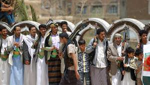 موالون لصالح يؤكدون صد الحوثيين في مأرب وينفون سقوط المدينة.. وحزب صالح يعلن عن غارات سعودية بصنعاء