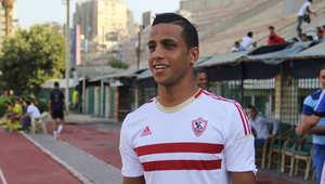 """إحالة لاعب الزمالك إسلام جمال للتحقيق بسبب """"فتيات الشيشة"""""""