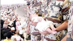 بالصور.. الداخلية السعودية تستشهد بلقطات لعناصر بقوات الطوارئ.. والعريفي: كيف يجرؤ من بقلبه ذرّة إيمان أن يعتدي عليهم؟