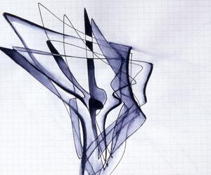 معرض فني لأعمال المهندسة الراحلة زها حديد