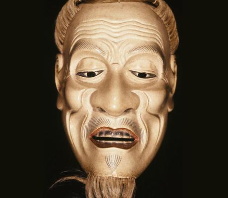 ماذا تخفي هذه الأقنعة اليابانية من مشاعر مختلفة؟