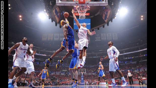 مباراة ربع النهائي من تصفيات الدوري الأمريكي لكرة السلة للمحترفين في لوس أنجلوس.