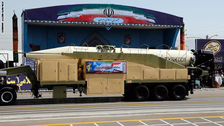 "إيران تكشف عن صاروخ ""خرمشهر"" بمدى يتجاوز 2000 كيلومتر"