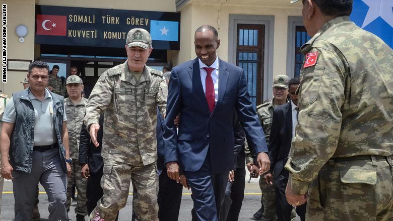تركيا تفتتح أكبر قاعدة عسكرية خارج حدودها GettyImages-855897216