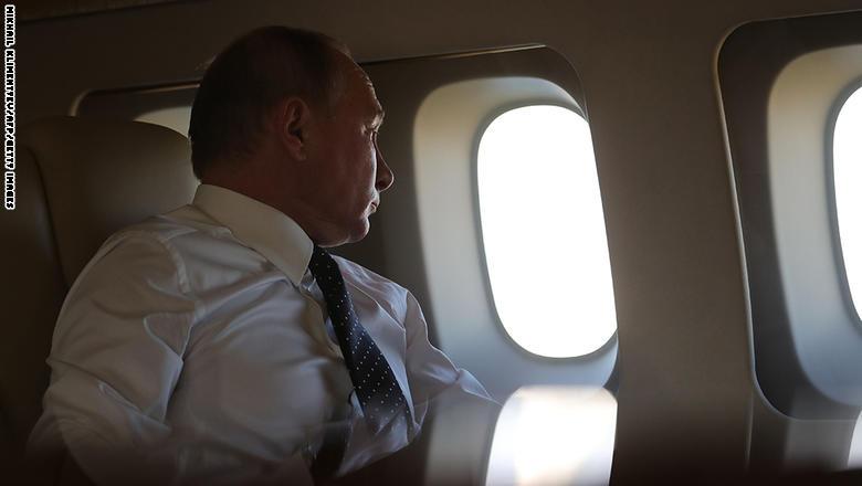 """بوتين يوضح تغطية مقاتلات روسية لطائرته بسوريا لحمايتها من """"صواريخ محمولة"""""""