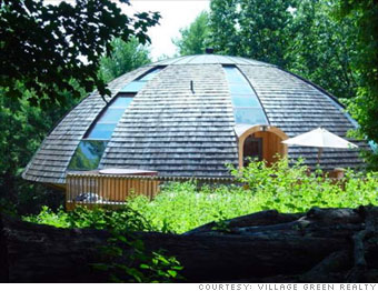 Cool and unusual homes for sale - Flying saucer (1) - CNNMoney