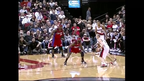 Throwback: Steve Blake Dishes Out NBA Record 14 Assists in a Quarter