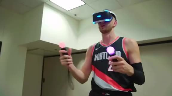 Pat Connaughton and Jusuf Nurkic Go Head-to-Head in VR