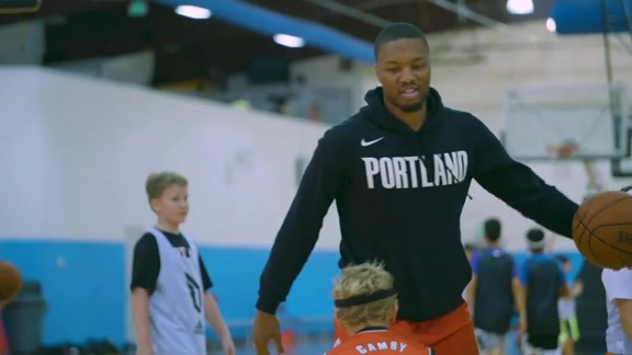 Damian Lillard Hosts Hoops Camp for Local Kids