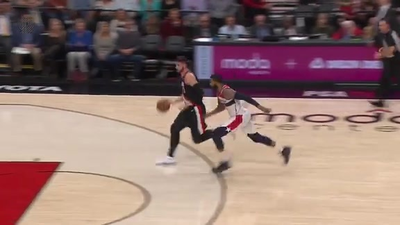 Nurkic Snags The Steal and Takes It All The Way to the Rim