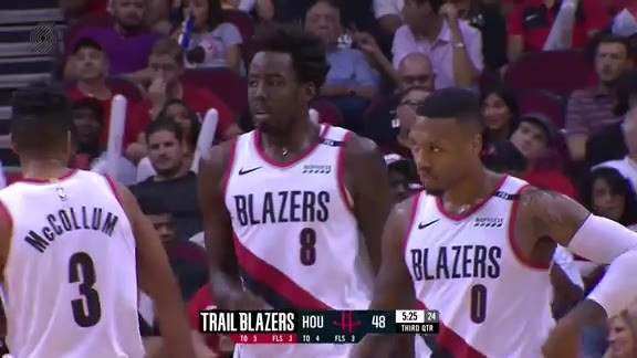 Al-Farouq Aminu Drives The Length of the Floor for the Tough And-1 Bucket