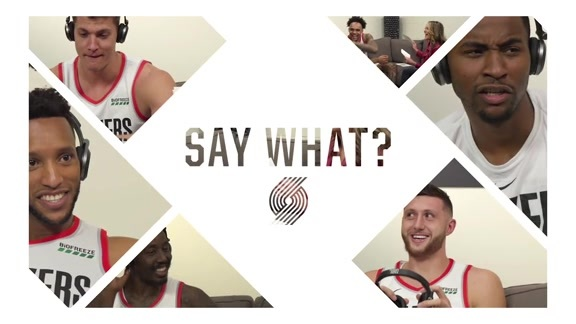 Trail Blazers Try To Guess Phrases While Wearing Headphones