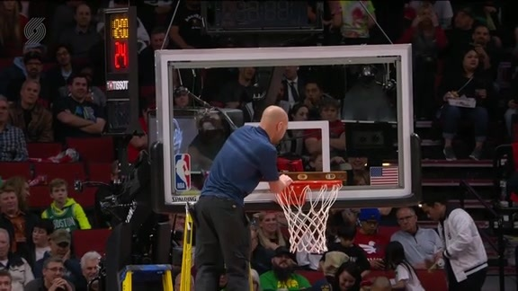 Basket Gets Bent at Moda Center, Hilarity Ensues