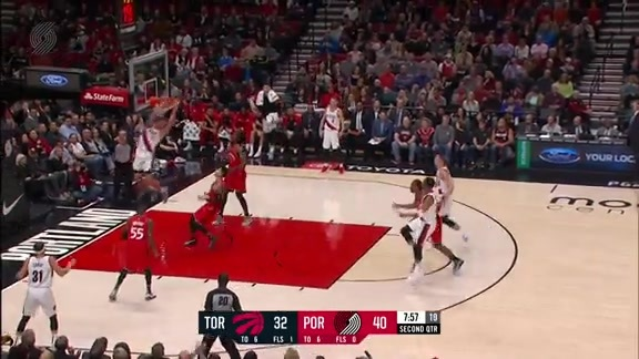 Turner Finds Leonard For The Fast Break Alley Oop